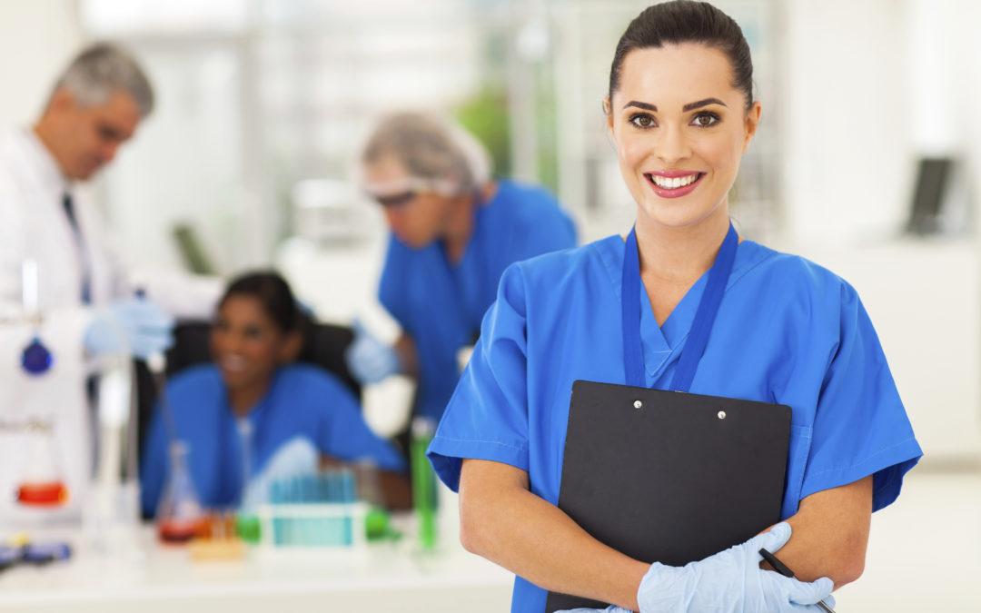 Médecine dentaire : Se spécialiser en parodontologie