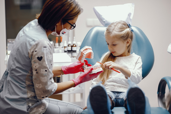 Les soins dentaires de l'enfant